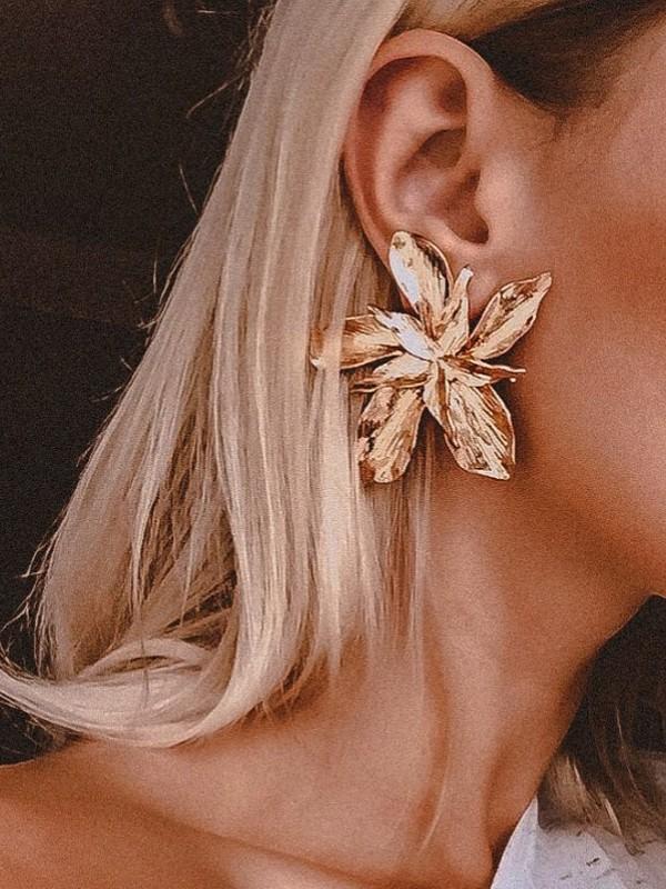 Women's Unique Floral Metal Hot Sale Earrings
