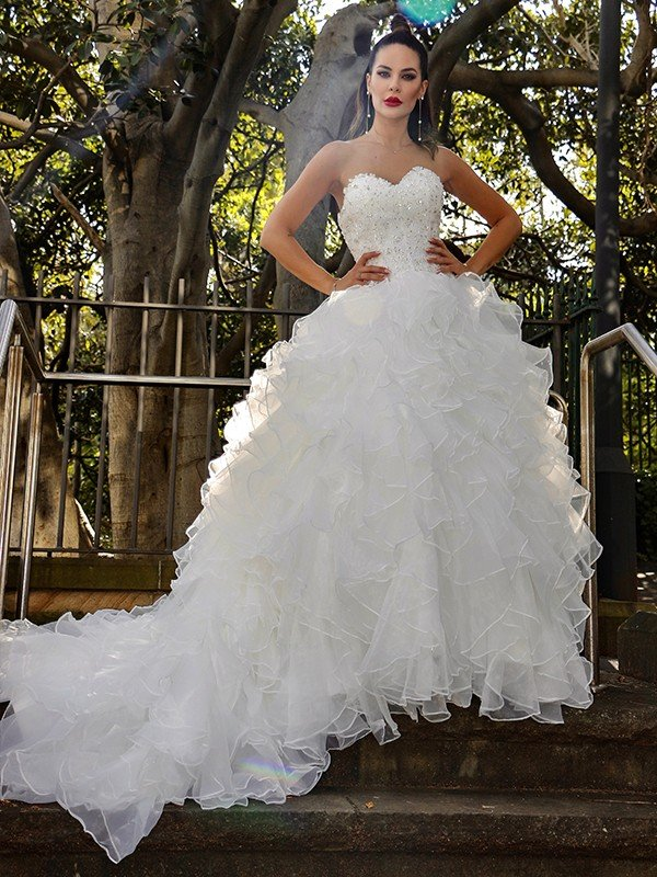 Ball Gown Organza Sleeveless Sequin Sweetheart Chapel Train Wedding Dresses