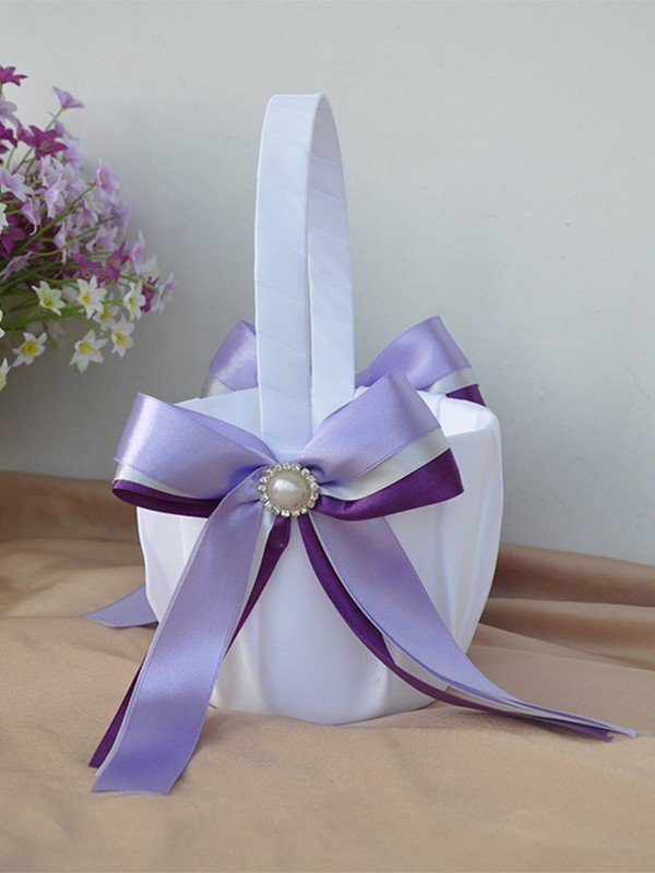 Seductive Flower Basket In Cloth With Bowknot