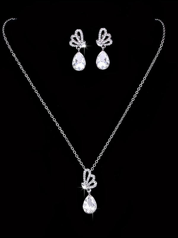 Graceful Alloy With Rhinestone Jewelry Sets For Women