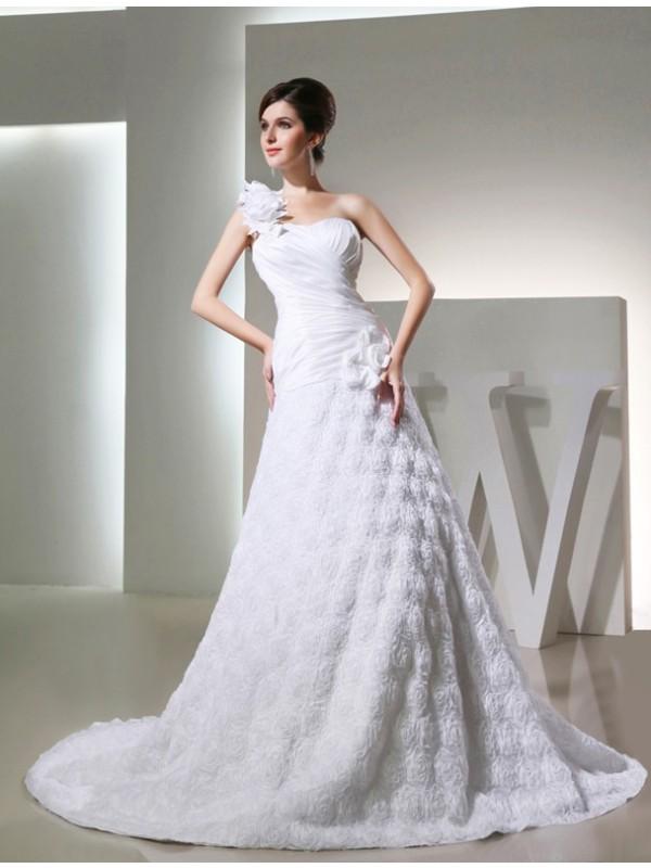 A-Line/Princess One-shoulder Sleeveless Taffeta Hand-made Flowers Long Wedding Dresses