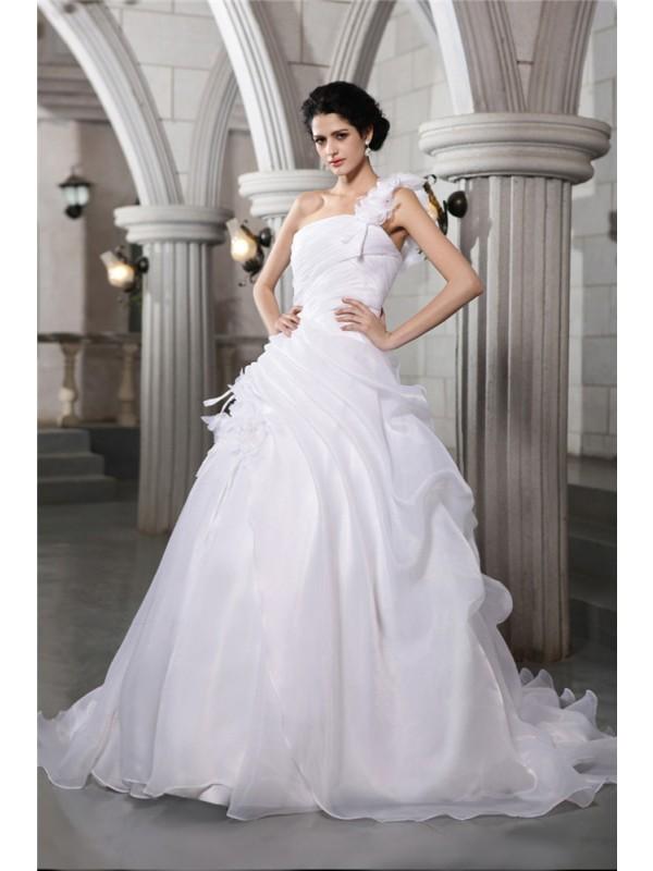 Ball Gown One-Shoulder Sleeveless Pleats Long Organza Wedding Dresses