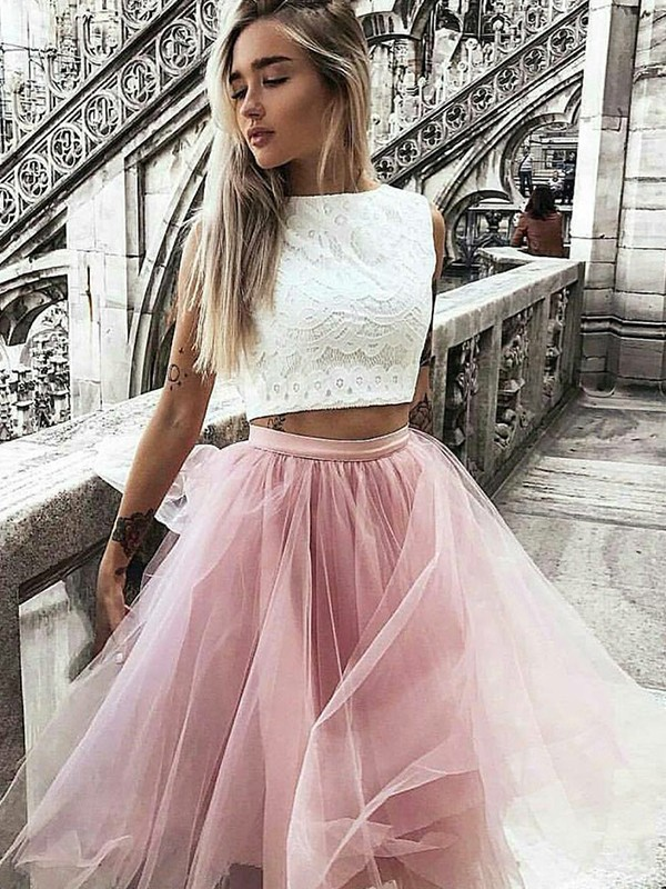 A-Line/Princess Tulle Bateau Lace Sleeveless Knee-Length Two Piece Dresses