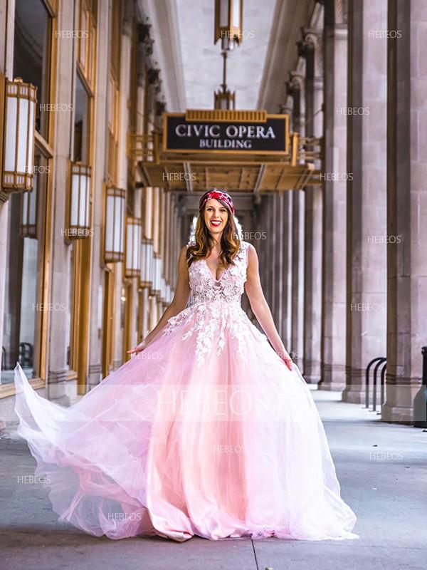 A-Line/Princess Tulle Applique V-neck Sleeveless Sweep/Brush Train Dresses