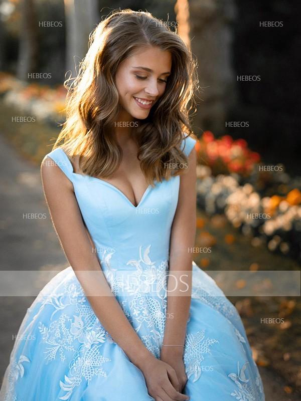 Ball Gown Tulle Applique V-neck Sleeveless Sweep/Brush Train Dresses