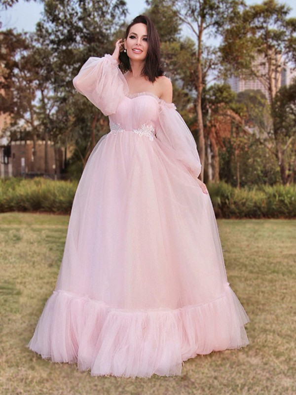 A-Line/Princess Long Sleeves Floor-Length Tulle Applique Off-the-Shoulder Dresses