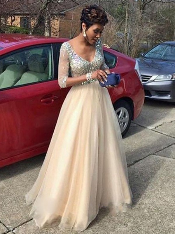 A-Line/Princess V-Neck Long Sleeves Beading Floor-Length Tulle Dresses