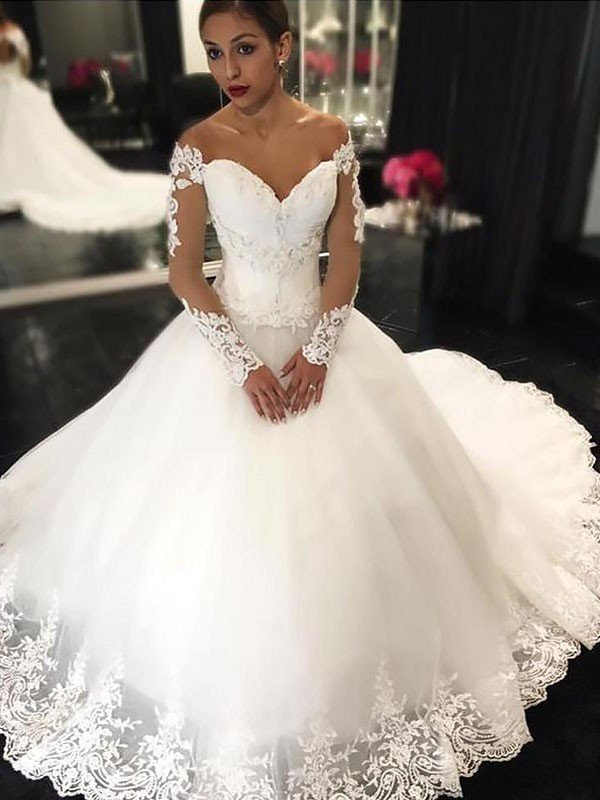 Ball Gown Applique Sleeveless Tulle Off-the-Shoulder Court Train Wedding Dresses