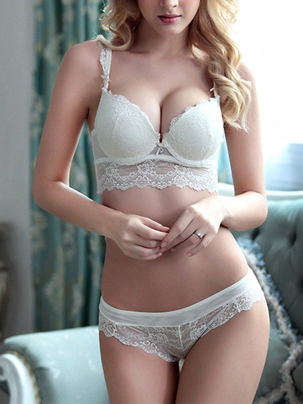 Charming Lace Bra Sets
