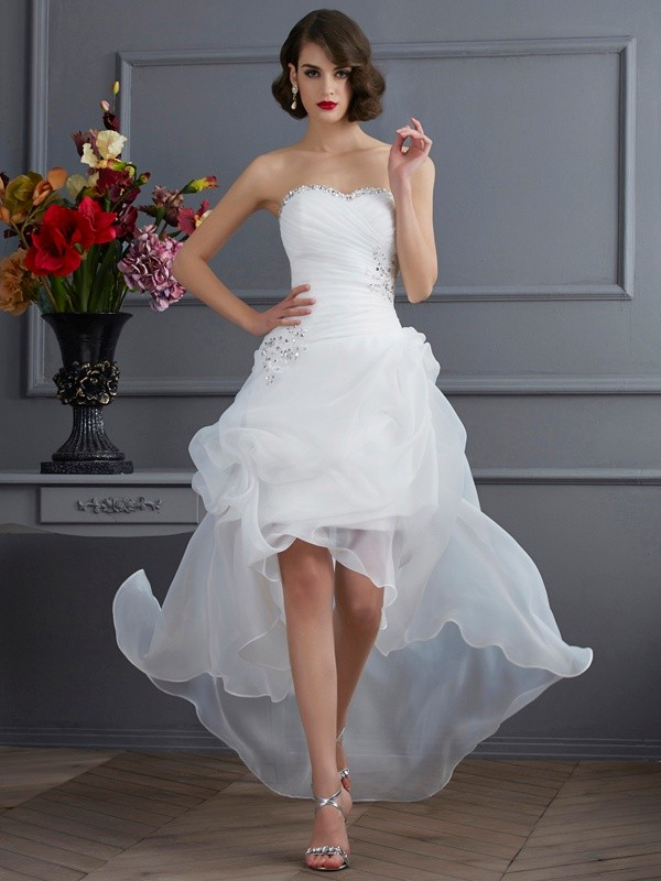 3d0eb721bfbf A-Line/Princess Sweetheart Sleeveless Beading High Low Organza ...