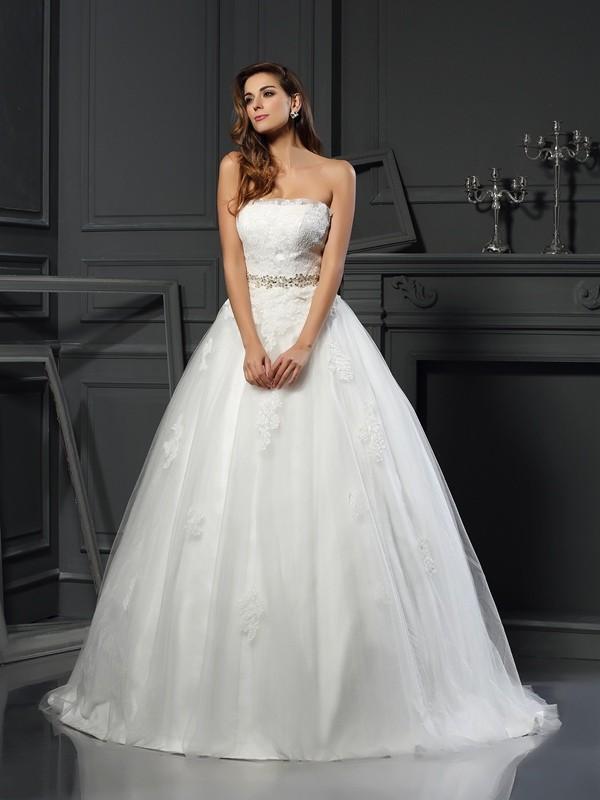 ff061c4d6c9b Ball Gown Strapless Applique Sleeveless Long Net Wedding Dresses ...
