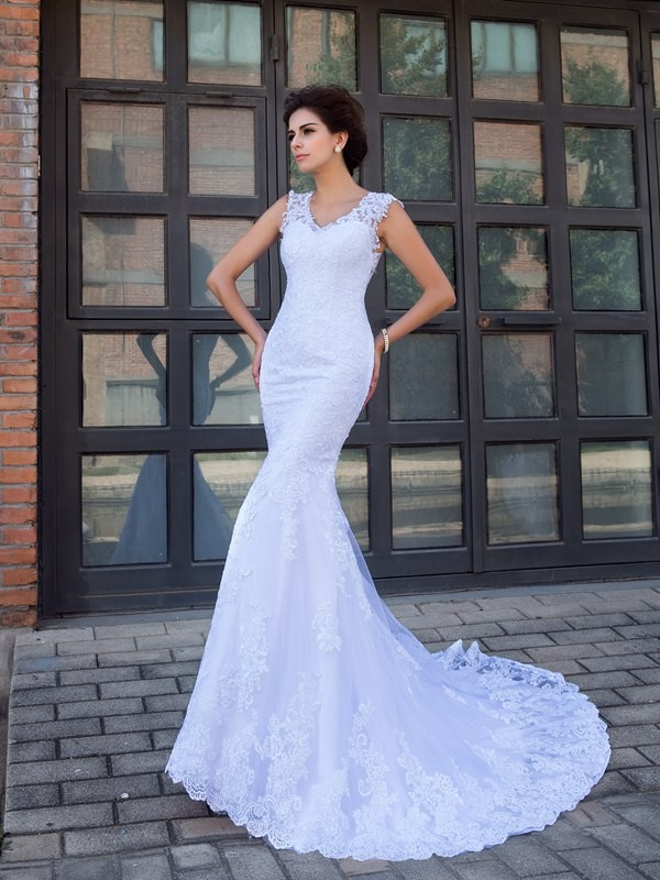 Trumpetmermaid V Neck Applique Sleeveless Long Satin Wedding