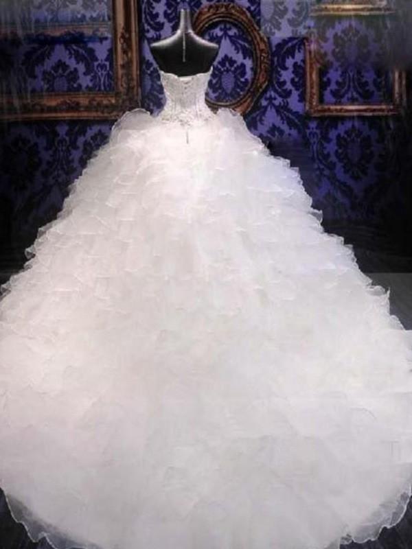 529c2ee943 Ball Gown Sleeveless Sweetheart Chapel Train Beading Sequin Organza Wedding  Dresses ...
