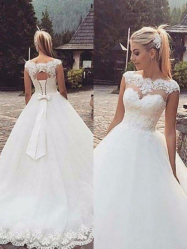 8ef8efeda Ball Gown Sleeveless Bateau Lace Tulle Court Train Wedding Dresses ...