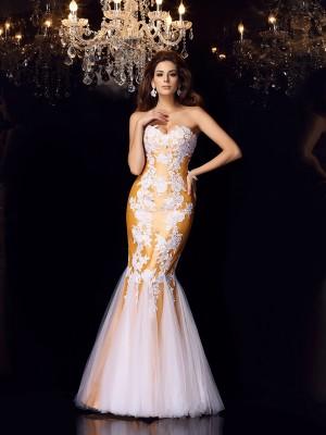 Trumpet/Mermaid Sweetheart Applique Sleeveless Long Taffeta Dresses