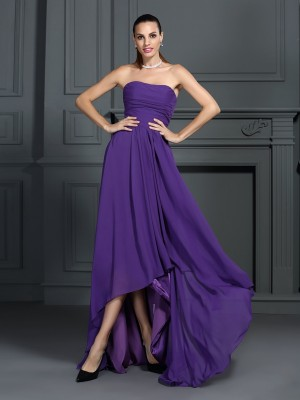 A-Line/Princess Strapless Pleats Sleeveless High Low Chiffon Cocktail Dresses