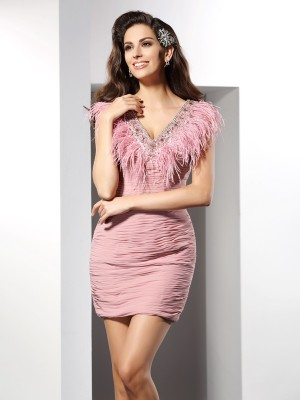 Sheath/Column V-neck Sleeveless Short Chiffon Cocktail Dresses