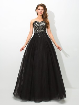 Ball Gown Sweetheart Lace Sleeveless Long Net Quinceanera Dresses