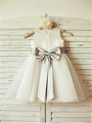 A-line/Princess Scoop Sleeveless Bowknot Tea-Length Tulle Flower Girl Dresses