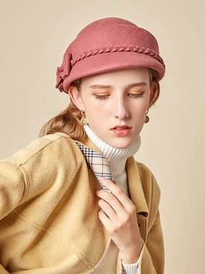 Ladies' Eye-catching Bowknot Beret Hats
