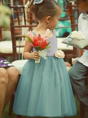A-Line/Princess Sleeveless Square Tea-Length Hand-Made Flower Tulle Flower Girl Dresses