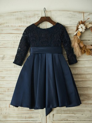 A-Line/Princess Lace Satin Scoop Long Sleeves Knee-Length Flower Girl Dresses