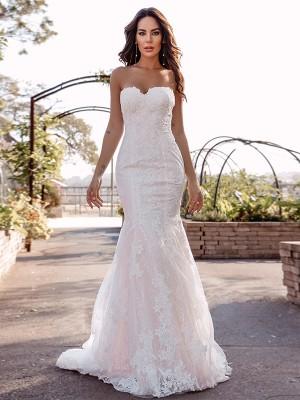 Trumpet/Mermaid Sweetheart Sleeveless Lace Applique Sweep/Brush Train Wedding Dresses