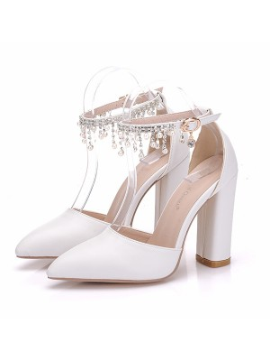 Women's PU Closed Toe With Pearl Chunky Heel High Heels