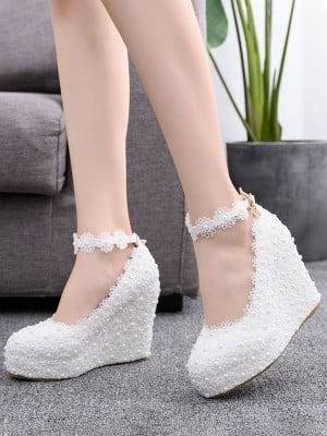 Women's PU Closed Toe With Flower Wedge Heel Wedges Shoes