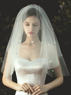 Classic Tulle With Applique Cut Edge Elbow Wedding Veils