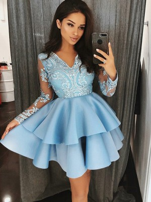 A-Line/Princess Satin V-Neck Long Sleeves Applique Short/Mini Dresses