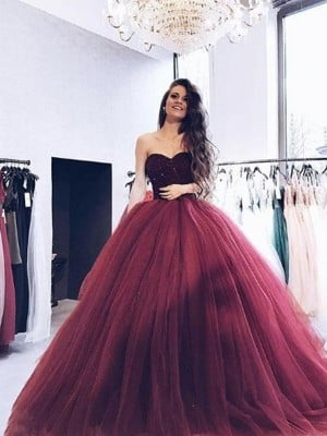 Ball Gown Sweetheart Sleeveless Sweep/Brush Train Beading Tulle Dresses