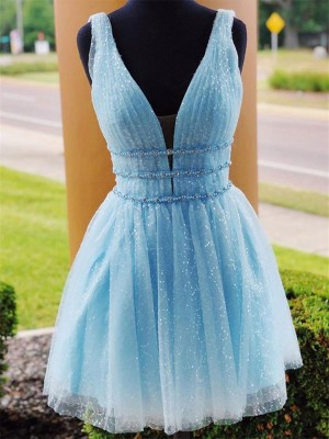 A-Line/Princess Tulle Beading V-neck Sleeveless Short/Mini Homecoming Dresses