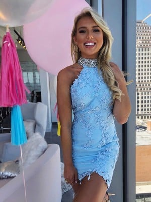 Sheath/Column Lace Beading Halter Sleeveless Short/Mini Homecoming Dresses