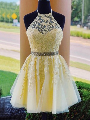 A-Line/Princess Tulle Halter Sleeveless Applique Short/Mini Homecoming Dresses