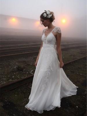 A-Line/Princess V-neck Sweep/Brush Train Sleeveless Lace Chiffon Wedding Dresses