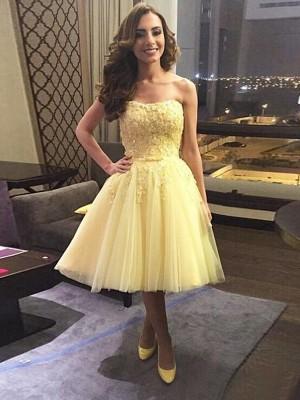 A-Line/Princess Sleeveless Sweetheart Applique Tulle Short/Mini Dresses