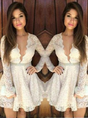 A-Line/Princess Long Sleeves V-neck Lace Short/Mini Dresses