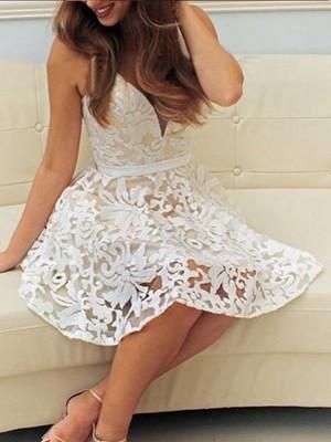 A-Line/Princess V-neck Sleeveless Short/Mini Lace Dresses