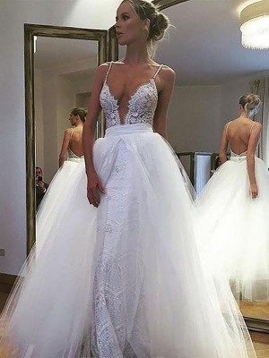 A-Line/Princess Tulle Lace Spaghetti Straps Sleeveless Floor-Length Wedding Dresses