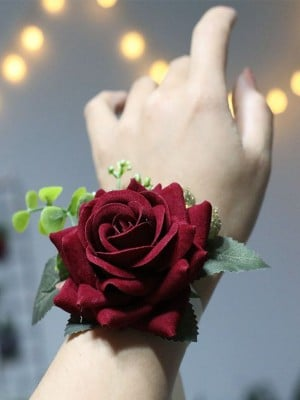 Attractive Cloth Wrist Corsage