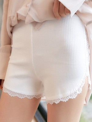 Plus Size Women's Cotton Lace Seamless Safety Pants/Safety Shorts
