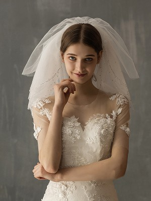 Attractive Tulle Two-Tier Shoulder Veils With Sequin