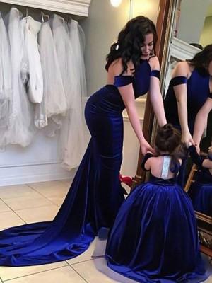 Sheath/Column Halter Sleeveless Sweep/Brush Train Ruffles Velvet Dresses