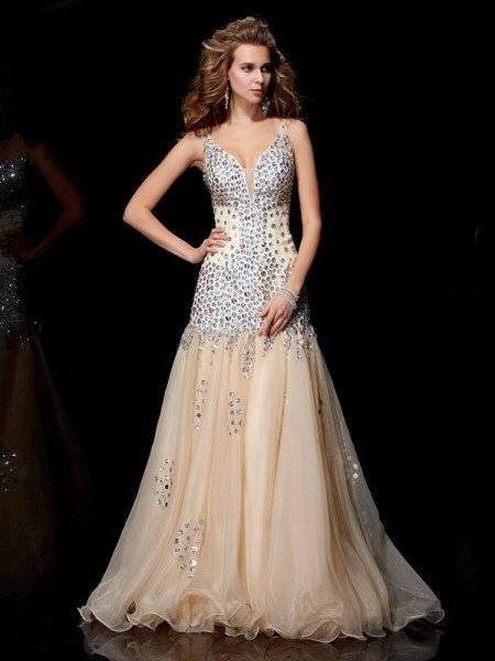 Sheath/Column V-neck Sleeveless Beading Long Organza Dresses