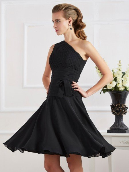 A-Line/Princess One-Shoulder Sleeveless Pleats Short Chiffon Homecoming Dresses