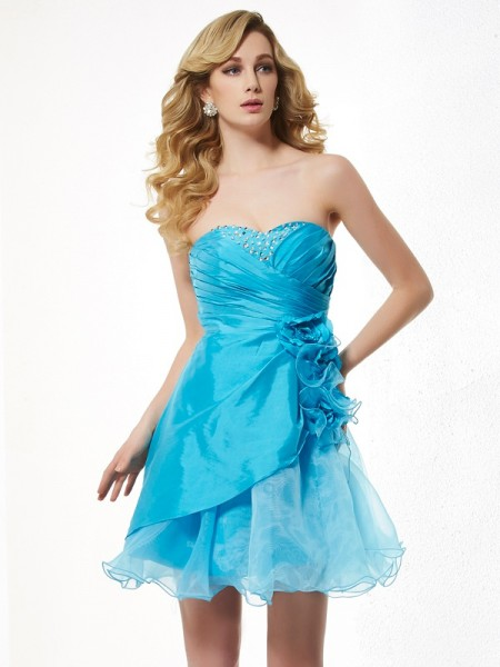 A-Line/Princess Sweetheart Sleeveless Beading Short Taffeta Homecoming Dresses