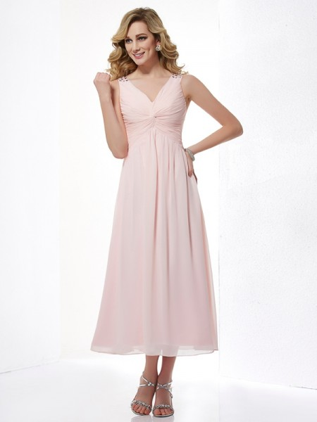 A-Line/Princess V-neck Sleeveless Pleats Short Chiffon Dresses