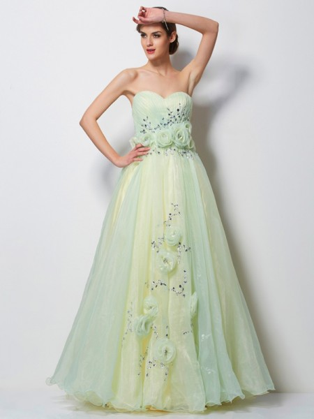 A-Line/Princess Sweetheart Sleeveless Hand-Made Flower Long Satin Dresses