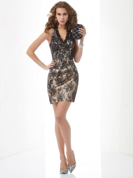 Sheath/Column Halter Sleeveless Lace Short Lace Homecoming Dresses